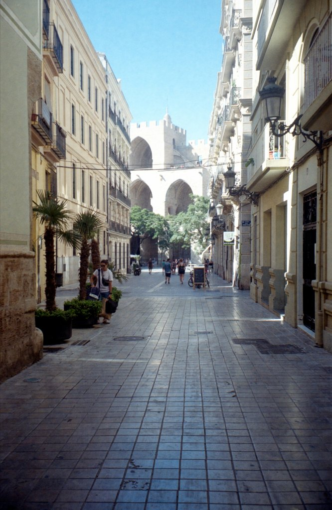 Valence-2019-Kodak-Gold-200-14.jpg